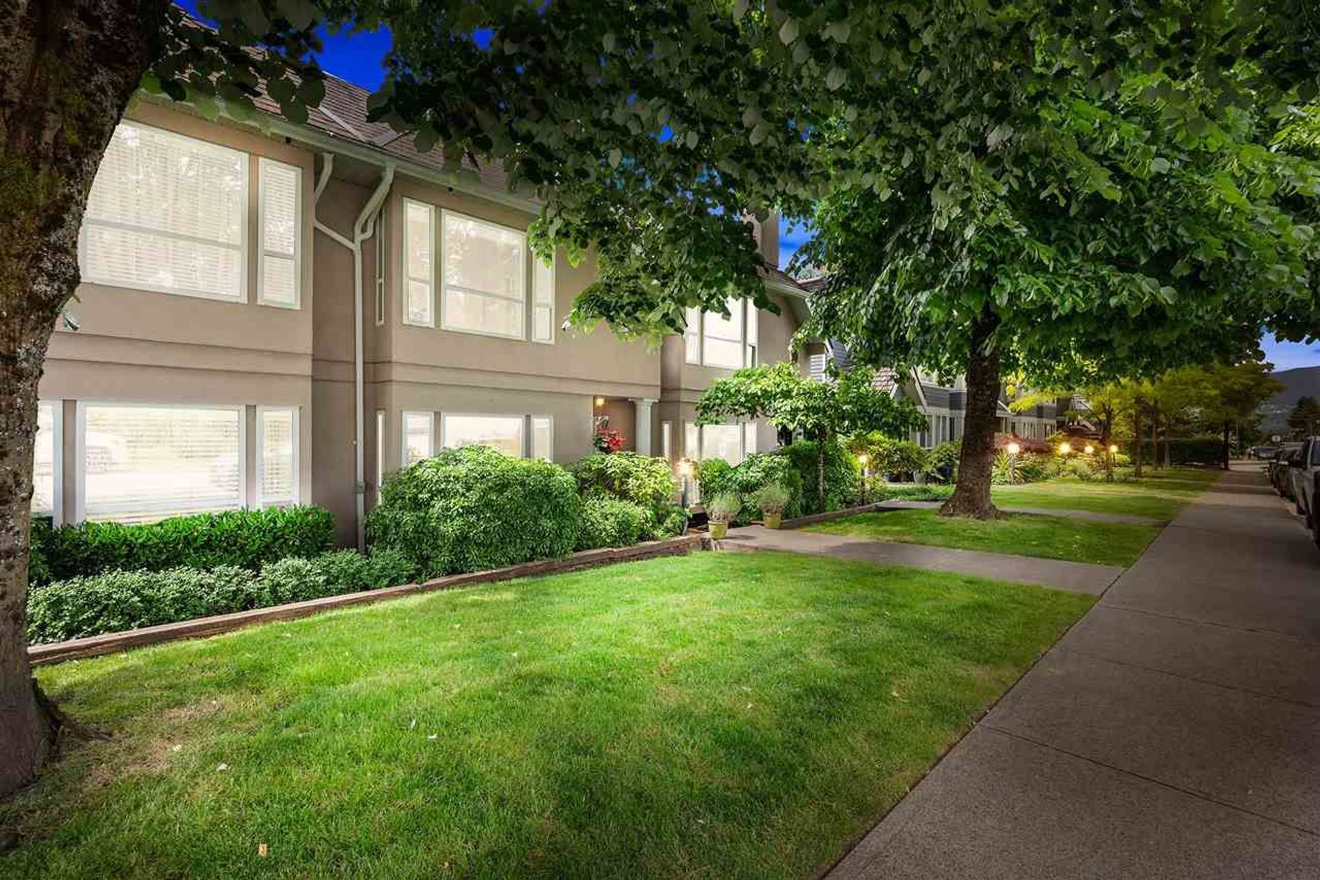 102 - 225 E 6th Street, Lower Lonsdale, North Vancouver