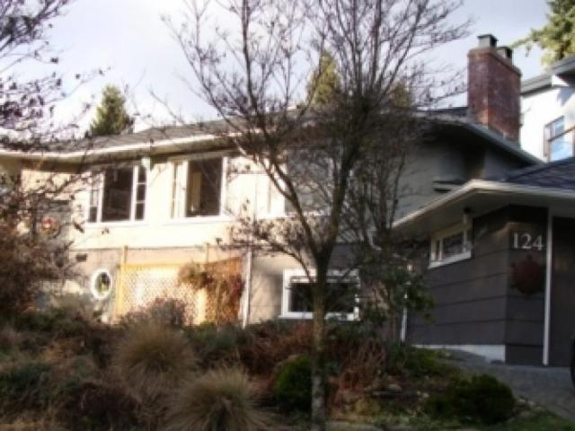 124 E. Carisbrooke Road, Upper Lonsdale, North Vancouver 2