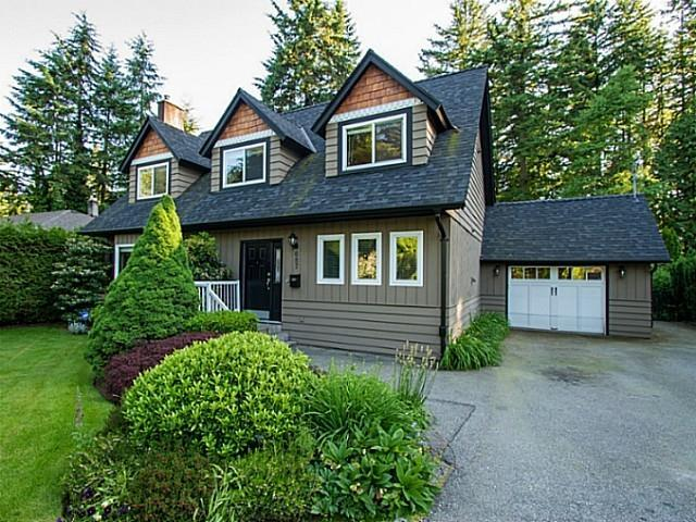 687 Browning Place, Blueridge NV, North Vancouver 2