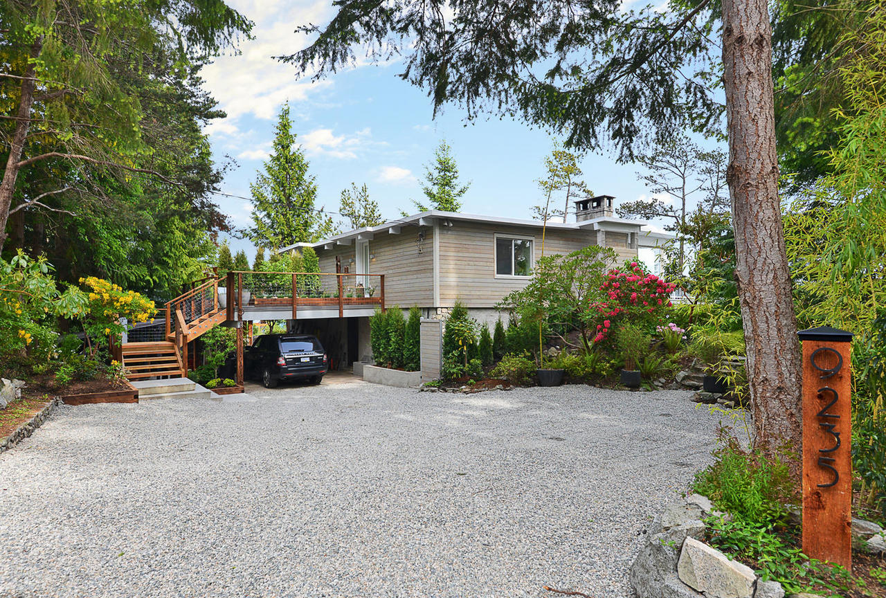 9235-truman-rd-halfmoon-bay-bc-large-001-27-1481x1000-72dpi at 9235 Truman Road, Halfmn Bay Secret Cv Redroofs, Sunshine Coast
