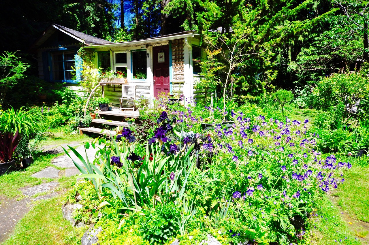 3450 Beach Avenue, Roberts Creek, Sunshine Coast