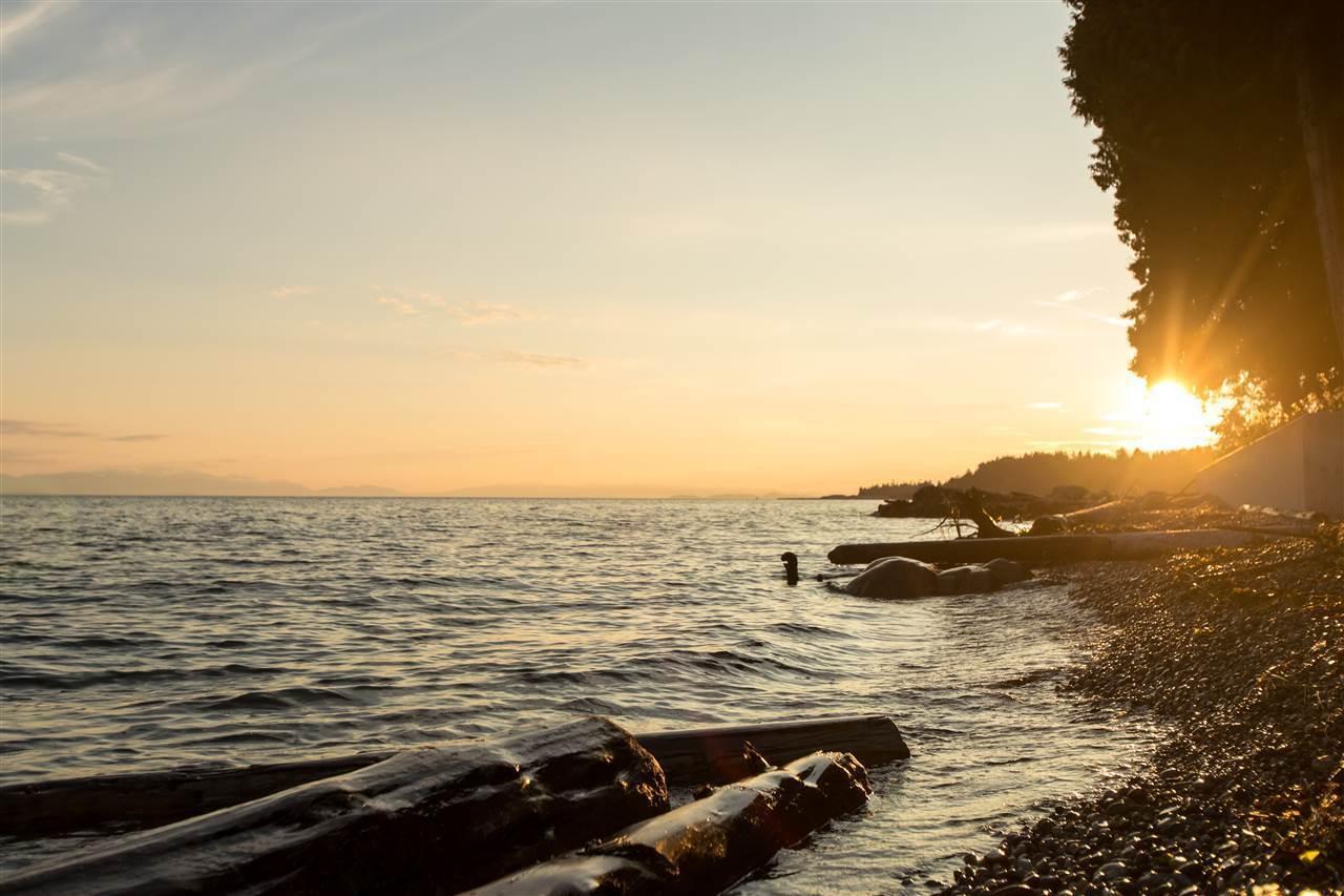 3757-beach-avenue-roberts-creek-sunshine-coast-19 at 3757 Beach Avenue, Roberts Creek, Sunshine Coast