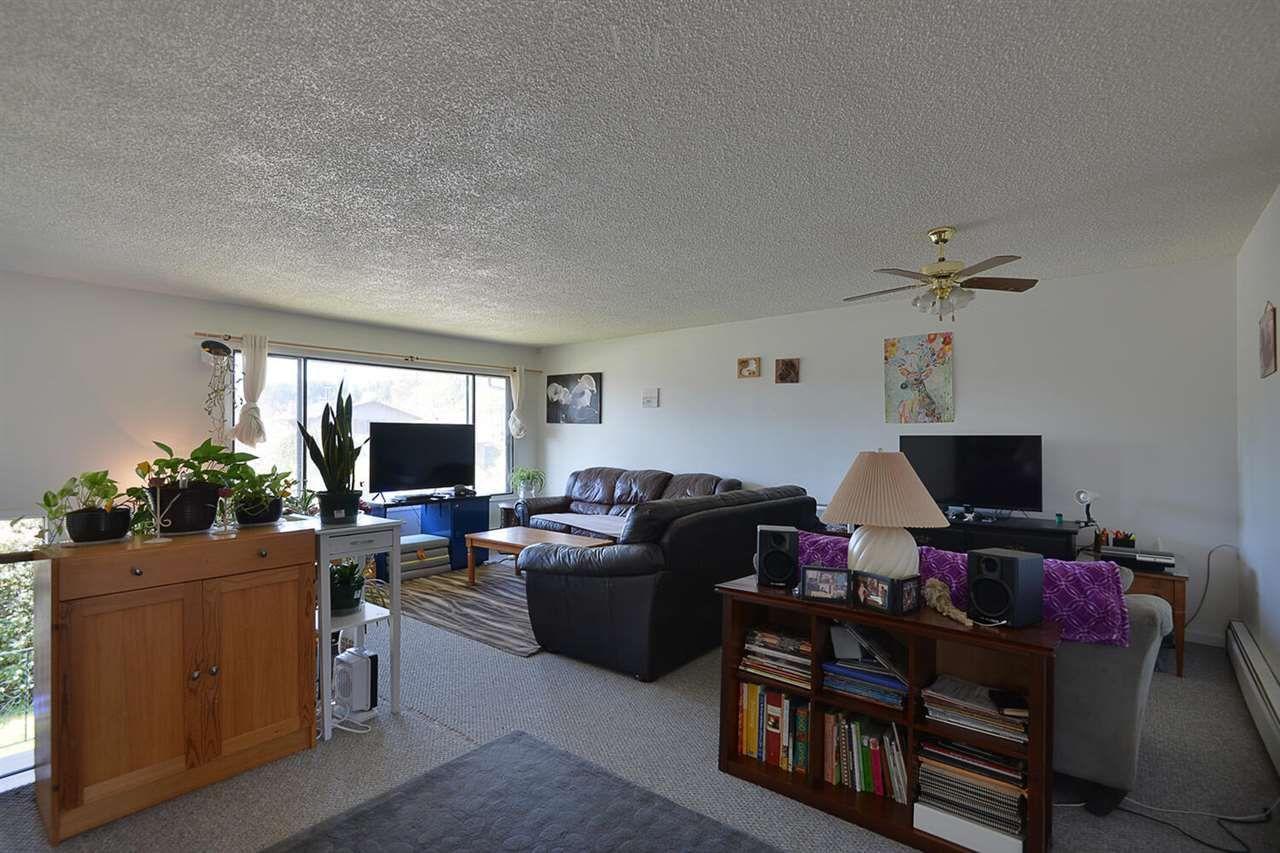5668-wharf-avenue-sechelt-district-sunshine-coast-03 at 5668 Wharf Avenue, Sechelt District, Sunshine Coast