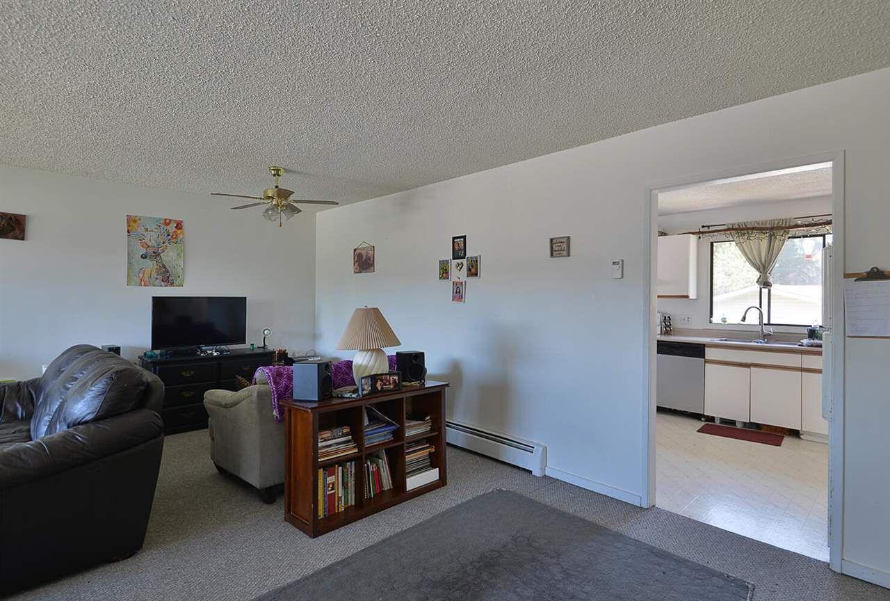 5668-wharf-avenue-sechelt-district-sunshine-coast-04 at 5668 Wharf Avenue, Sechelt District, Sunshine Coast