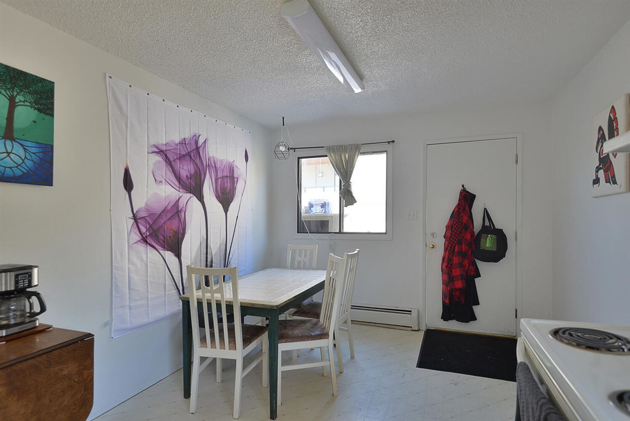 5668-wharf-avenue-sechelt-district-sunshine-coast-06 at 5668 Wharf Avenue, Sechelt District, Sunshine Coast