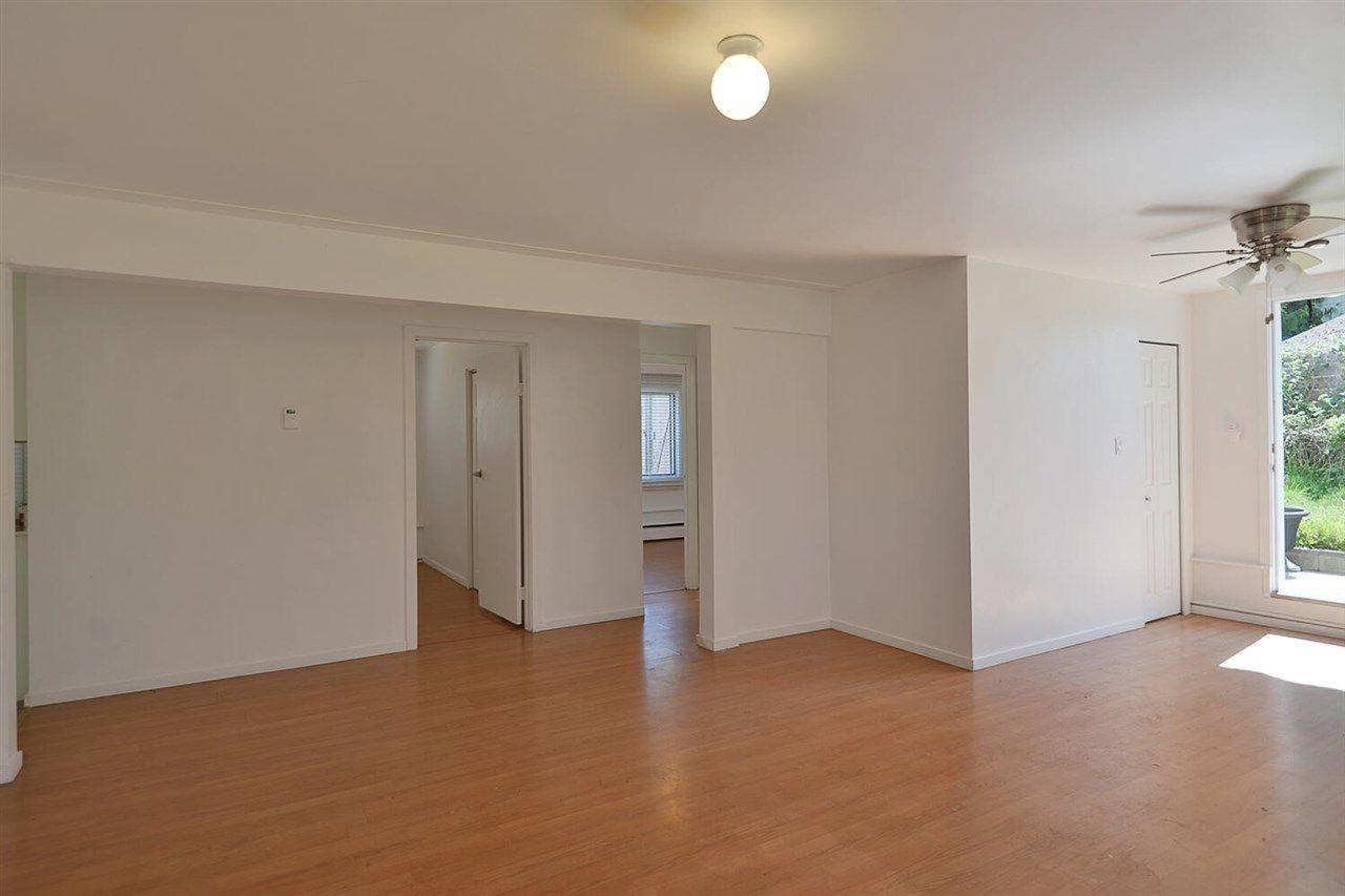 5668-wharf-avenue-sechelt-district-sunshine-coast-21 at 5668 Wharf Avenue, Sechelt District, Sunshine Coast
