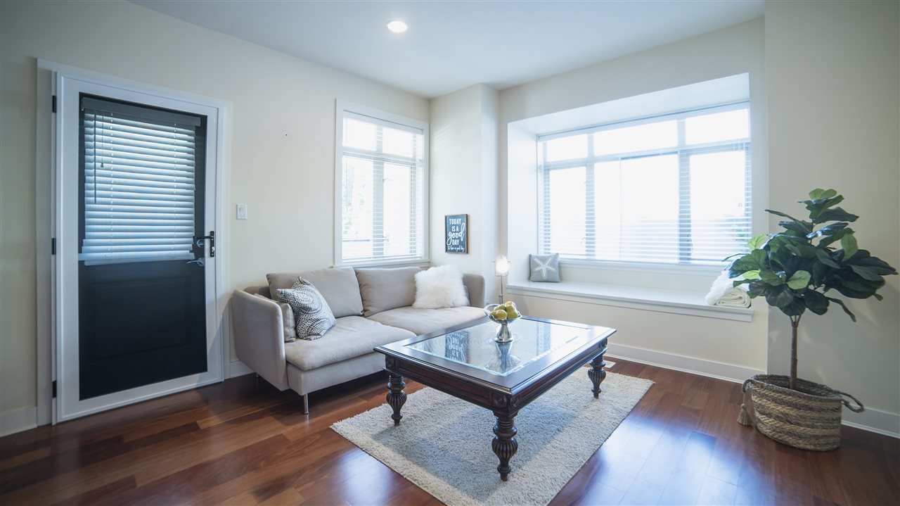 B2/4 - 272 W 4th Street, Lower Lonsdale, North Vancouver