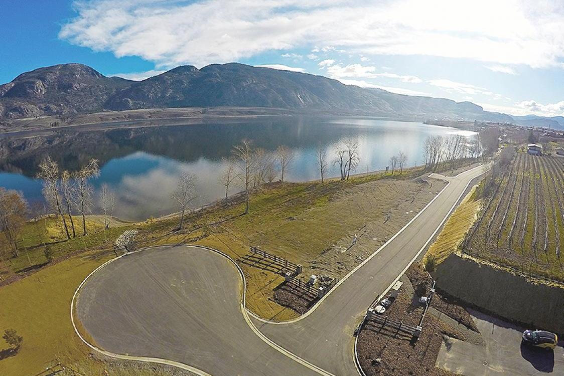 , Osoyoos Feature Photo 4
