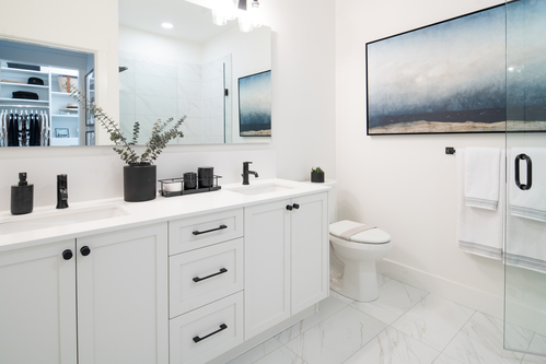 Eastridge Panorama - Ensuite at 5528 148 Street, Panorama Ridge, Surrey
