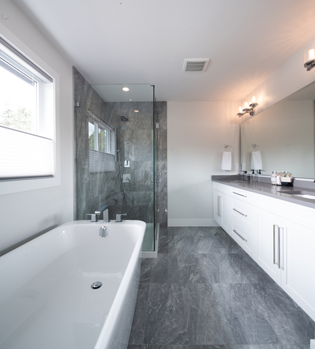 Pacific at McNally Creek - Ensuite at 16232 10 Avenue, King George Corridor, South Surrey White Rock