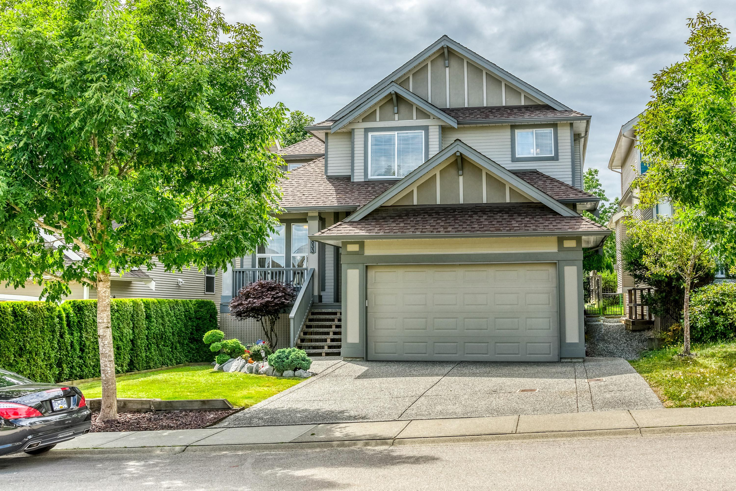6833 196a Street, Willoughby Heights, Langley