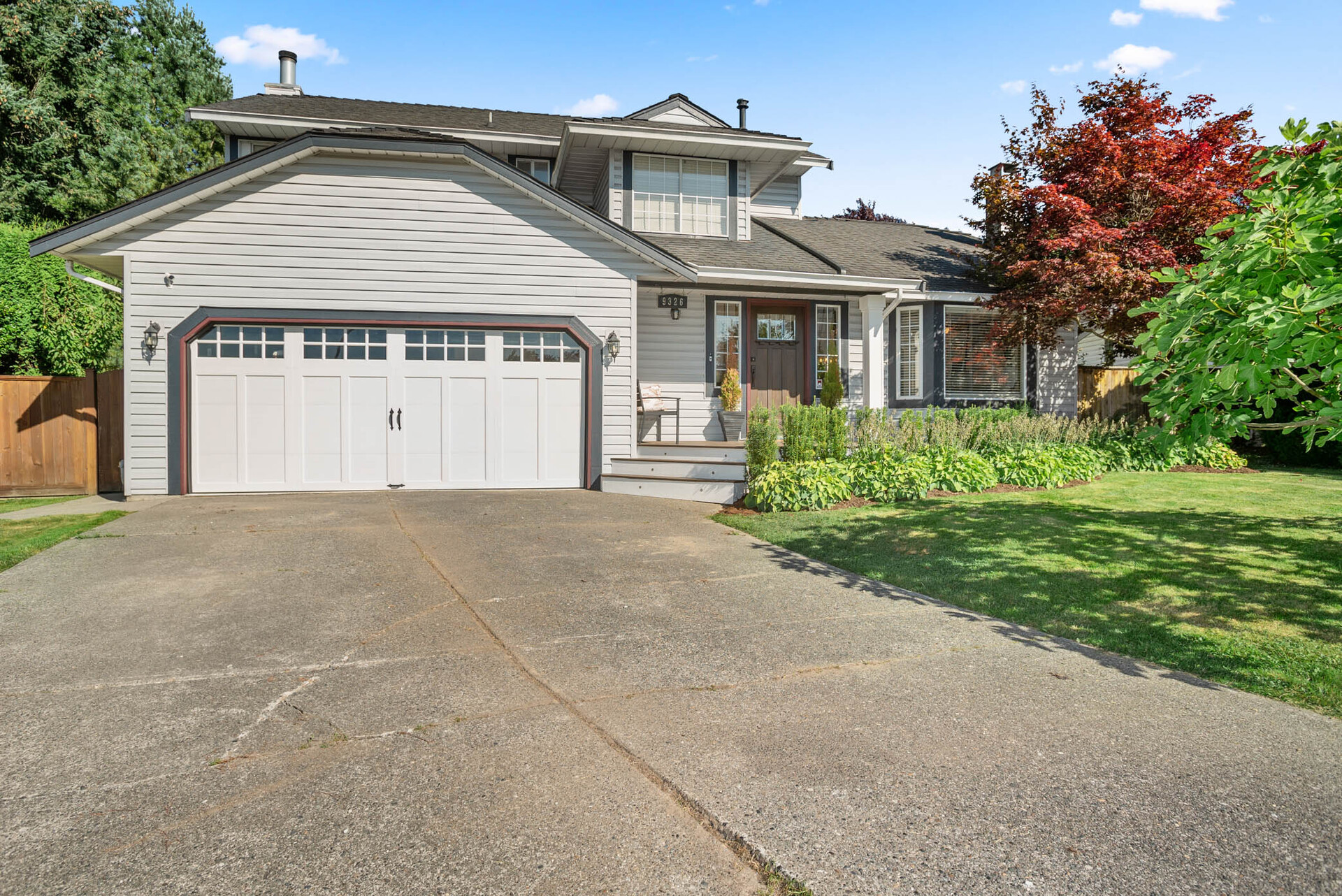 9326 211 Street, Walnut Grove, Langley