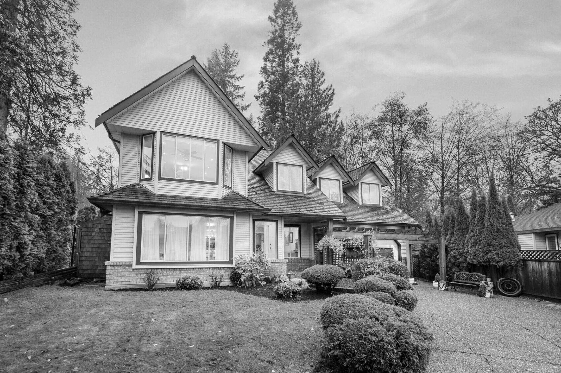 20448 97a Avenue, Walnut Grove, Langley 2