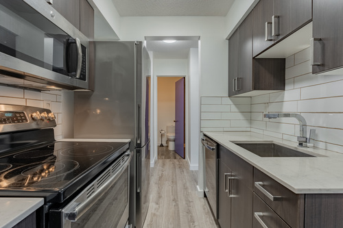 10 at 304 - 175 E 4th Street, Lower Lonsdale, North Vancouver