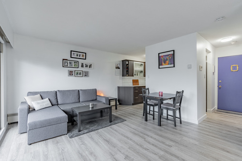 20 at 304 - 175 E 4th Street, Lower Lonsdale, North Vancouver