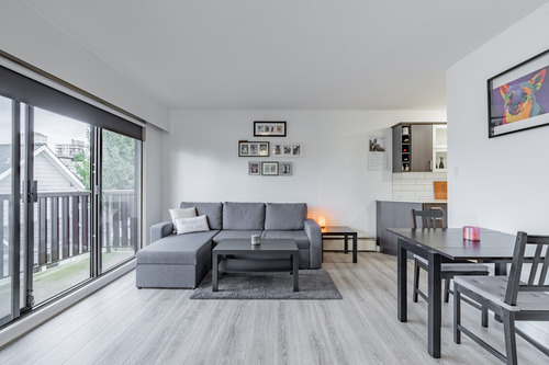 22 at 304 - 175 E 4th Street, Lower Lonsdale, North Vancouver