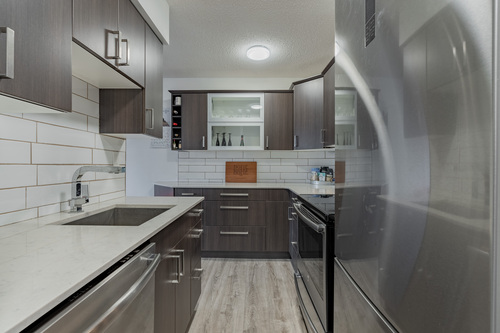 8 at 304 - 175 E 4th Street, Lower Lonsdale, North Vancouver
