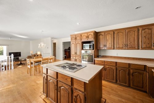 13770 31 Avenue, Elgin Chantrell, South Surrey White Rock-11 at 13770 31 Avenue, Elgin Chantrell, South Surrey White Rock