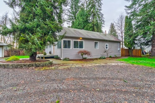 37940_4 at 20838 Louie Crescent, Walnut Grove, Langley