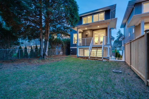 37946_8 at 15496 Russell Avenue, White Rock, South Surrey White Rock