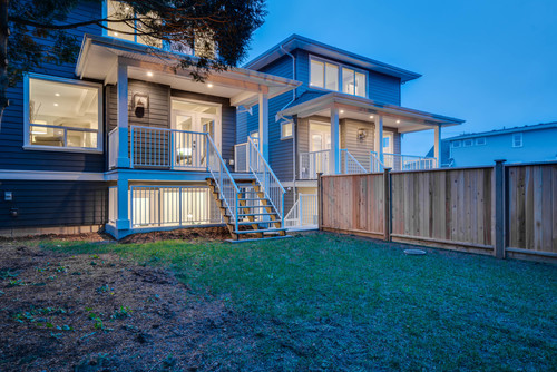 37946_9 at 15496 Russell Avenue, White Rock, South Surrey White Rock