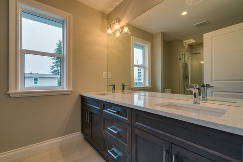 37947_21 at 15498 Russell Avenue, White Rock, South Surrey White Rock