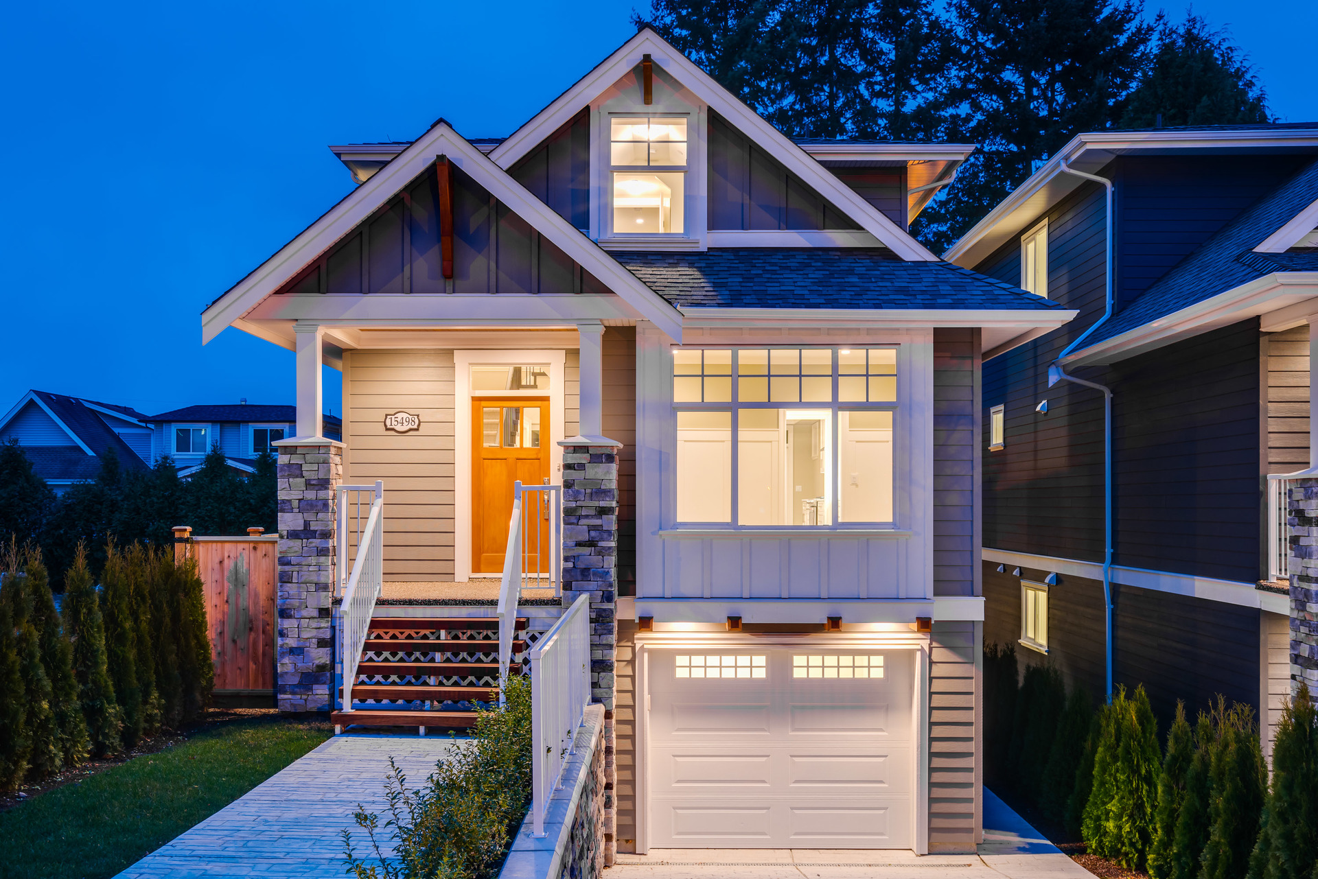 15498 Russell Avenue, White Rock, South Surrey White Rock