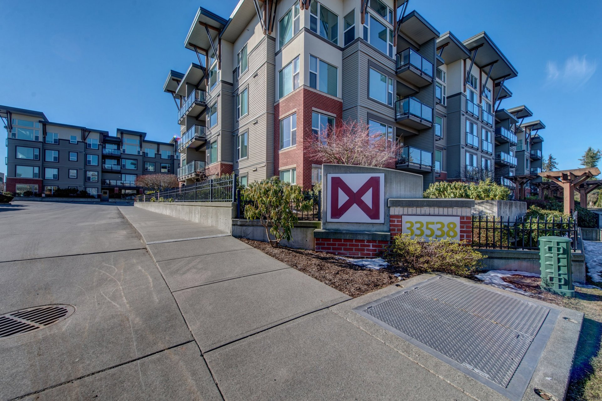 401 - 33538 Marshall Road, Central Abbotsford, Abbotsford 1