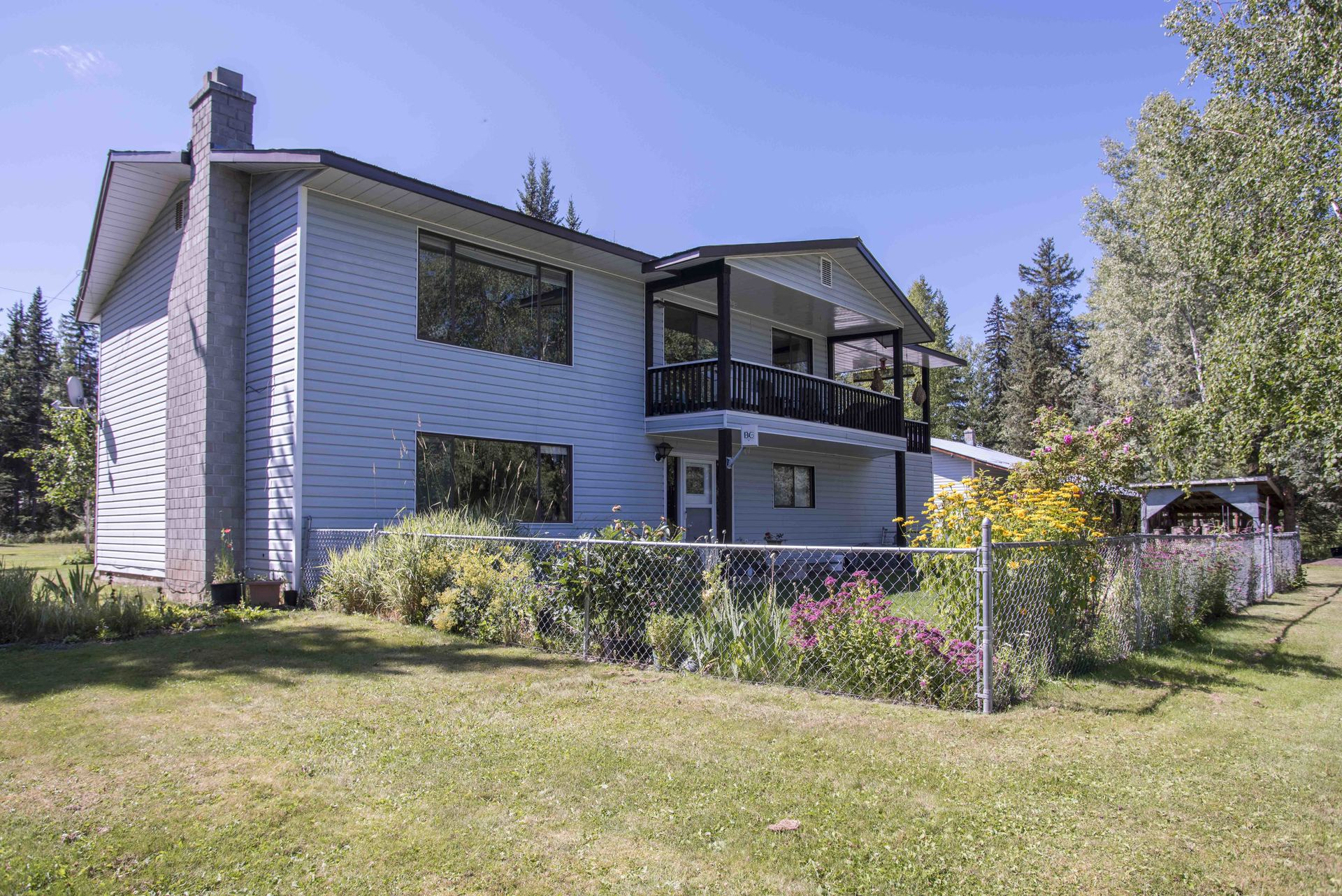 7588 Thomas Point Road, Out of Town 1