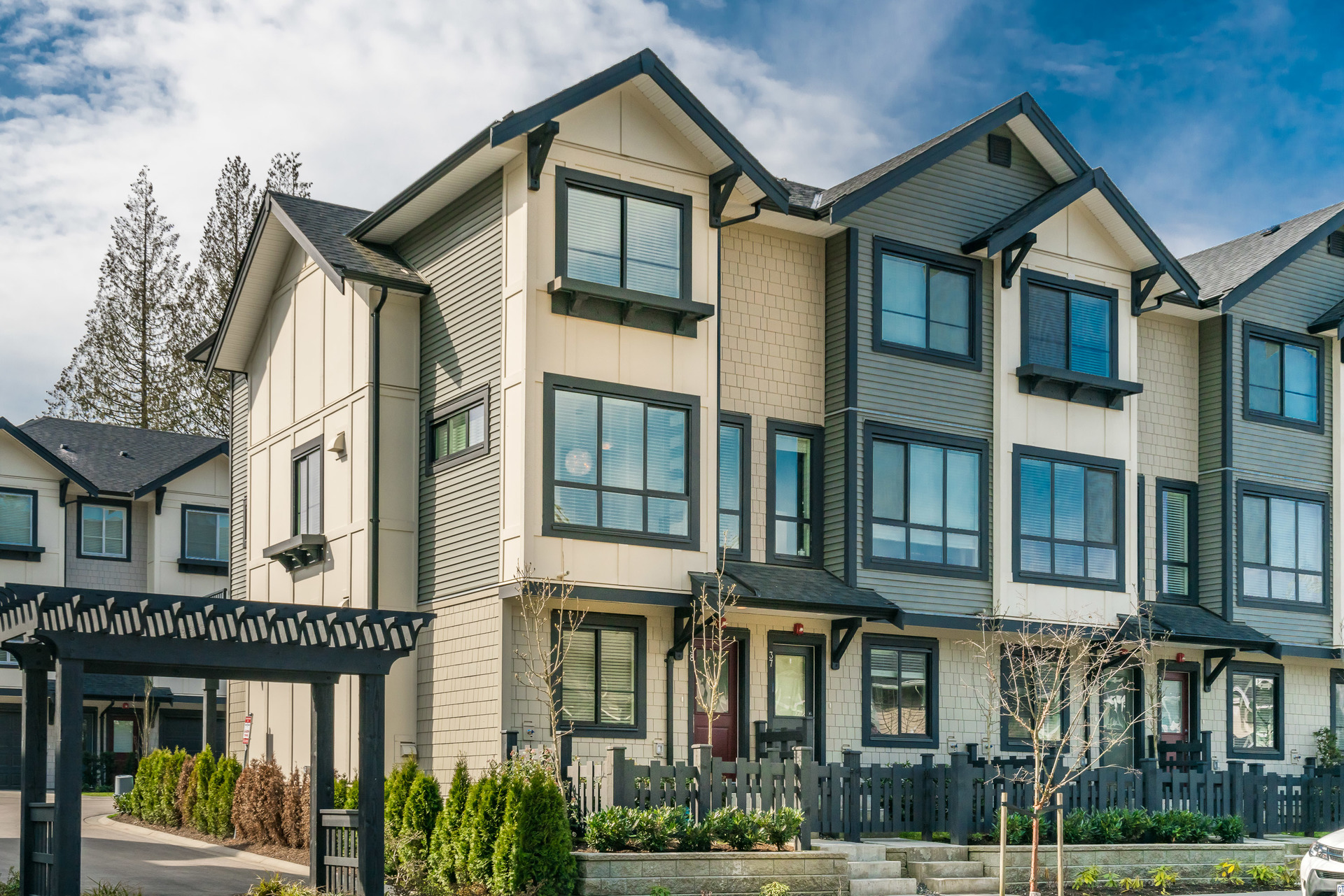 38 - 8570 204 Street, Willoughby Heights, Langley