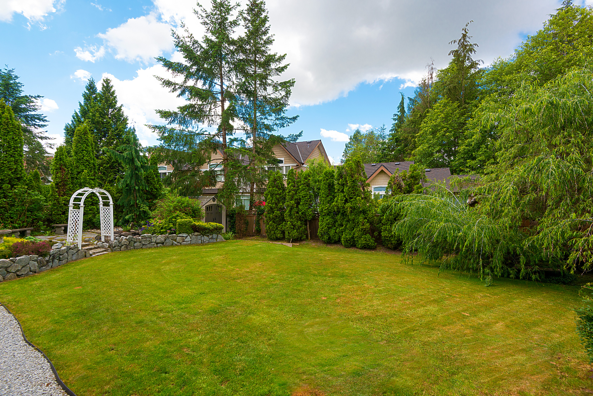 045 at 2542 Sapphire Place, Westwood Plateau, Coquitlam