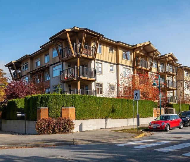 213 - 500 Klahanie Drive, Port Moody Centre, Port Moody 4