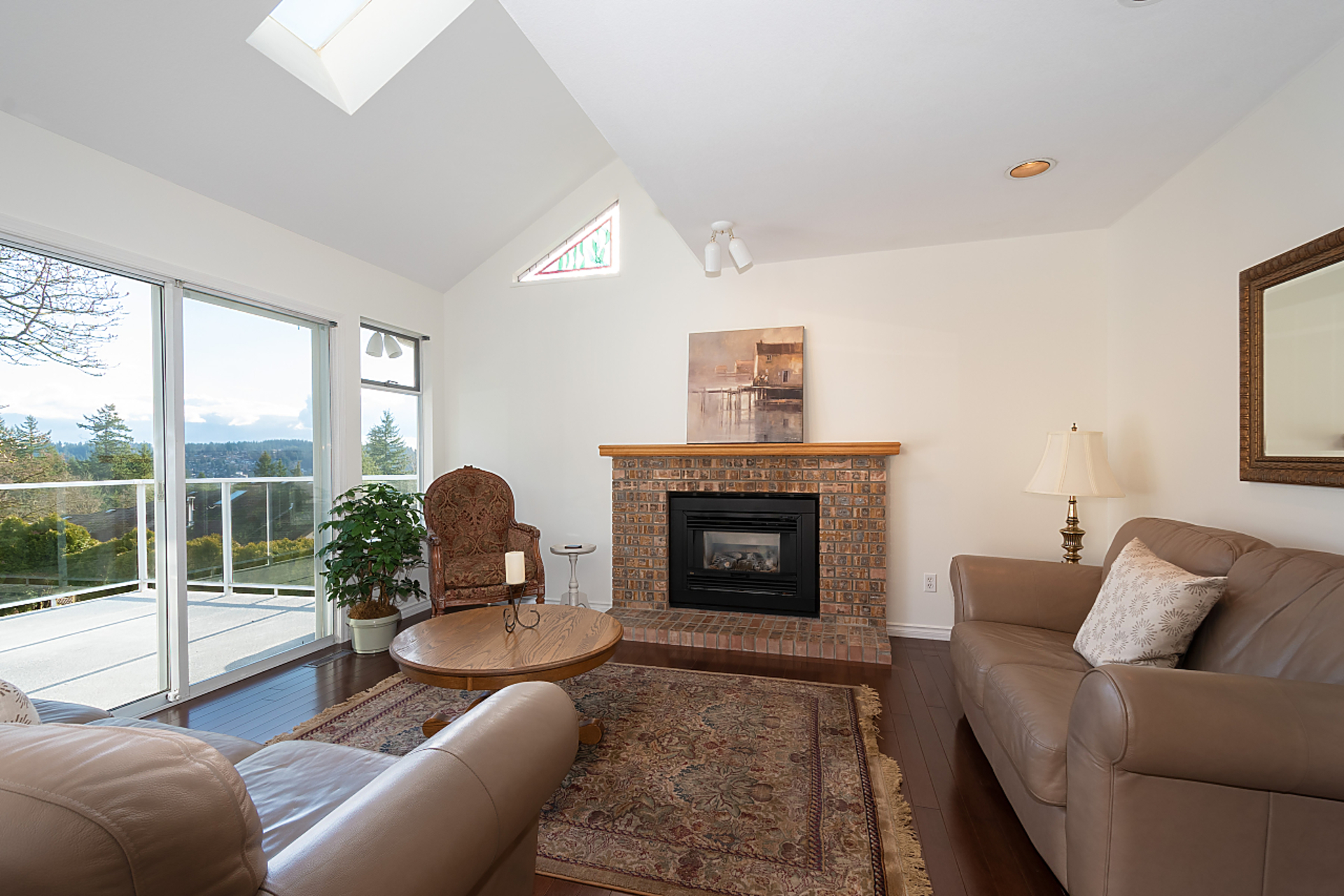 015 at 18 Parkwood Place, Heritage Mountain, Port Moody
