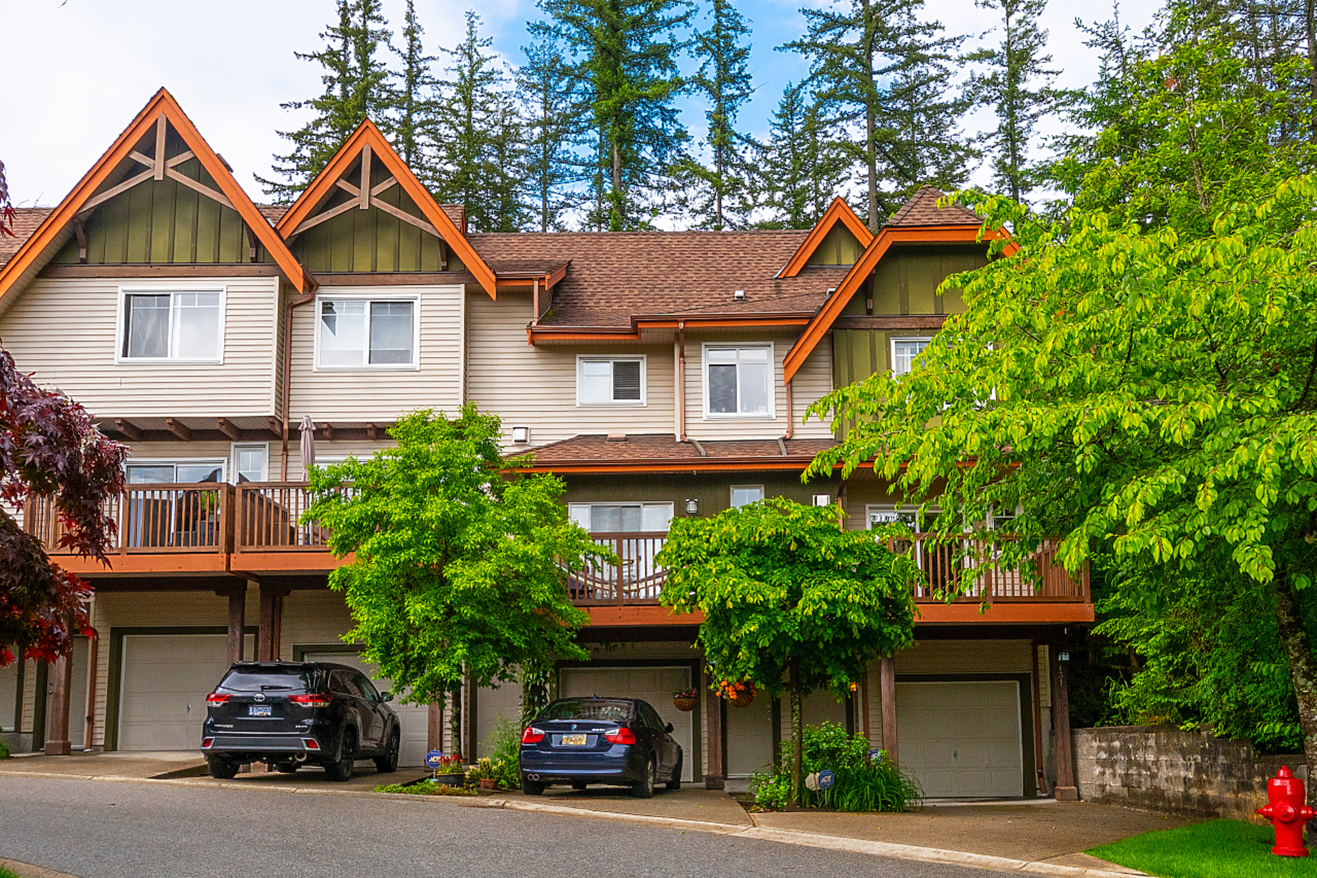 001 at 131 - 2000 Panorama Drive, Heritage Woods PM, Port Moody