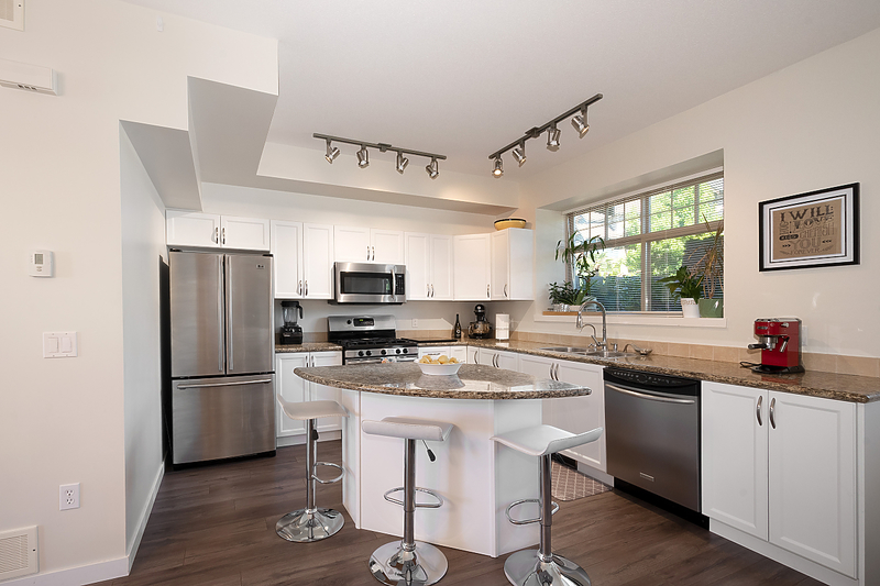 kitchen at 81 - 55 Hawthorn Drive, Heritage Woods PM, Port Moody