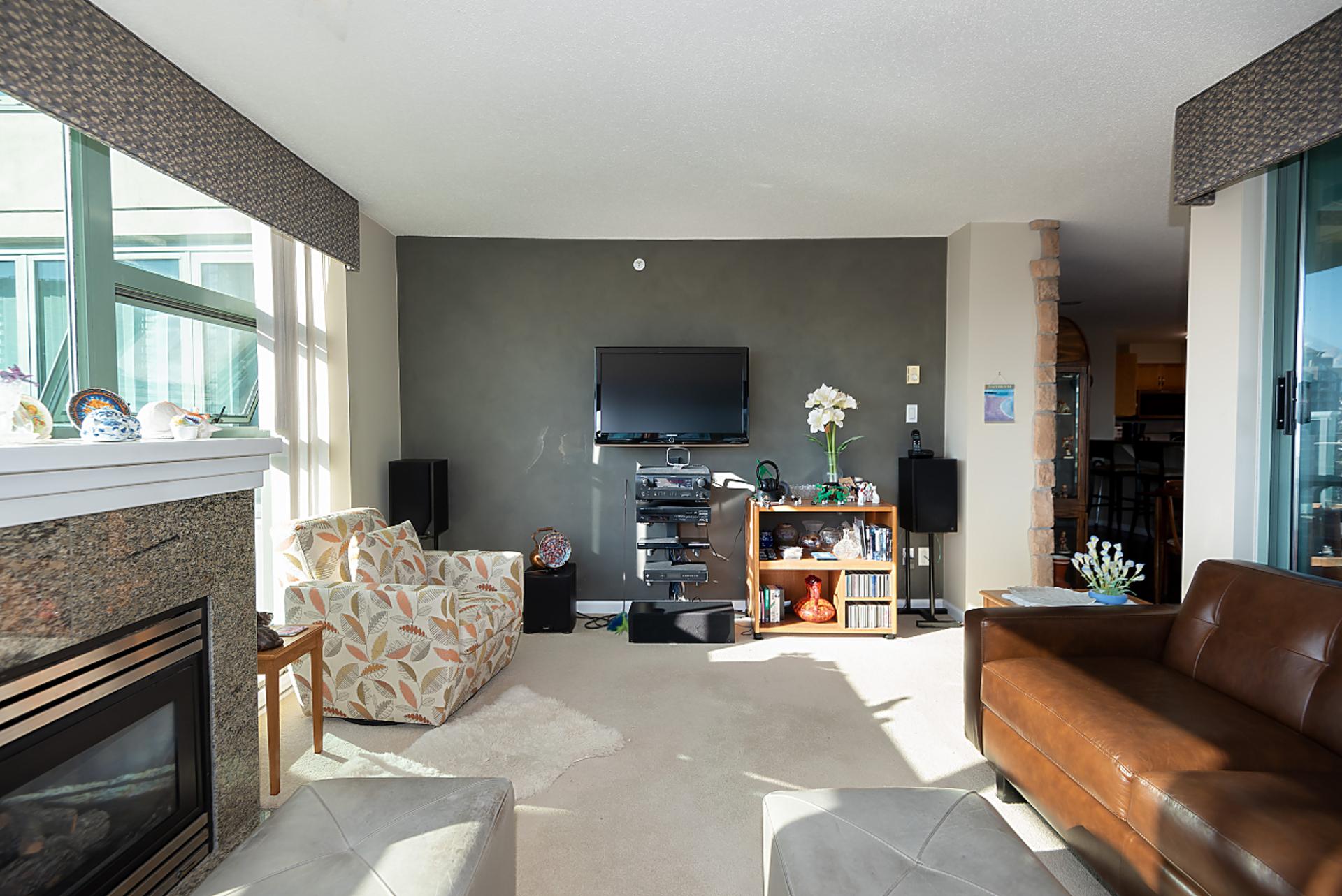 013 at 2003 - 4388 Buchanan Street, Brentwood Park, Burnaby North