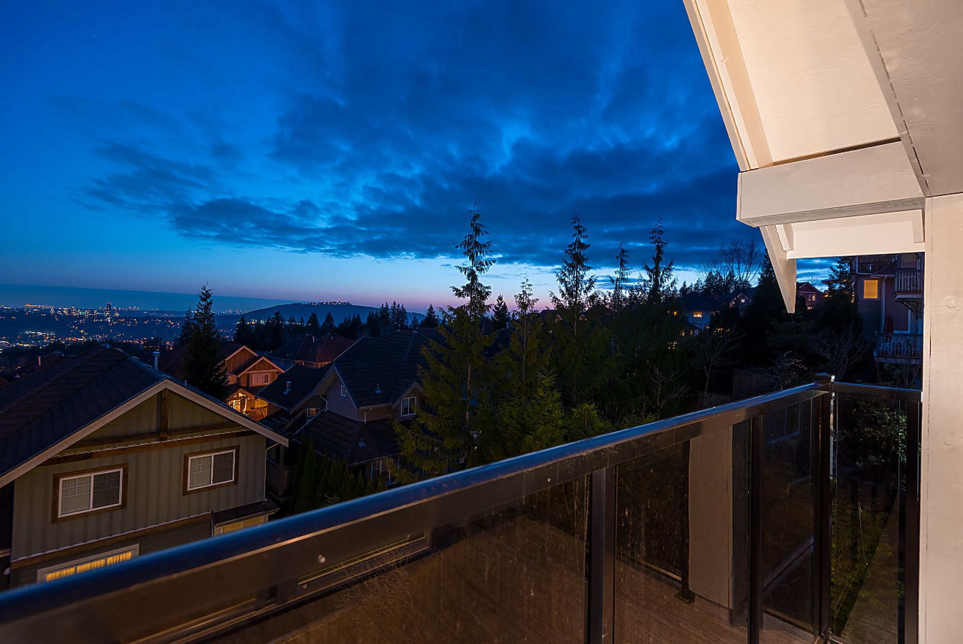 061 at 3 Fernway Drive, Heritage Woods PM, Port Moody
