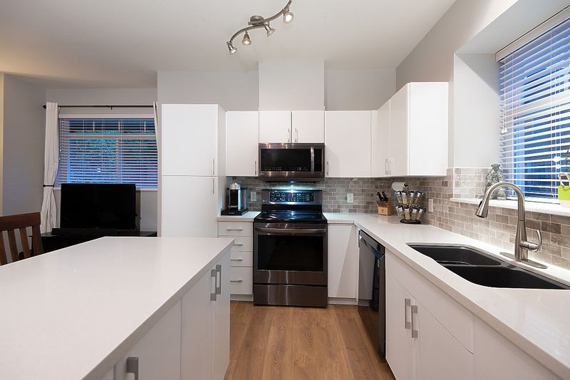041 at 28 - 50 Panorama Place, Heritage Woods PM, Port Moody