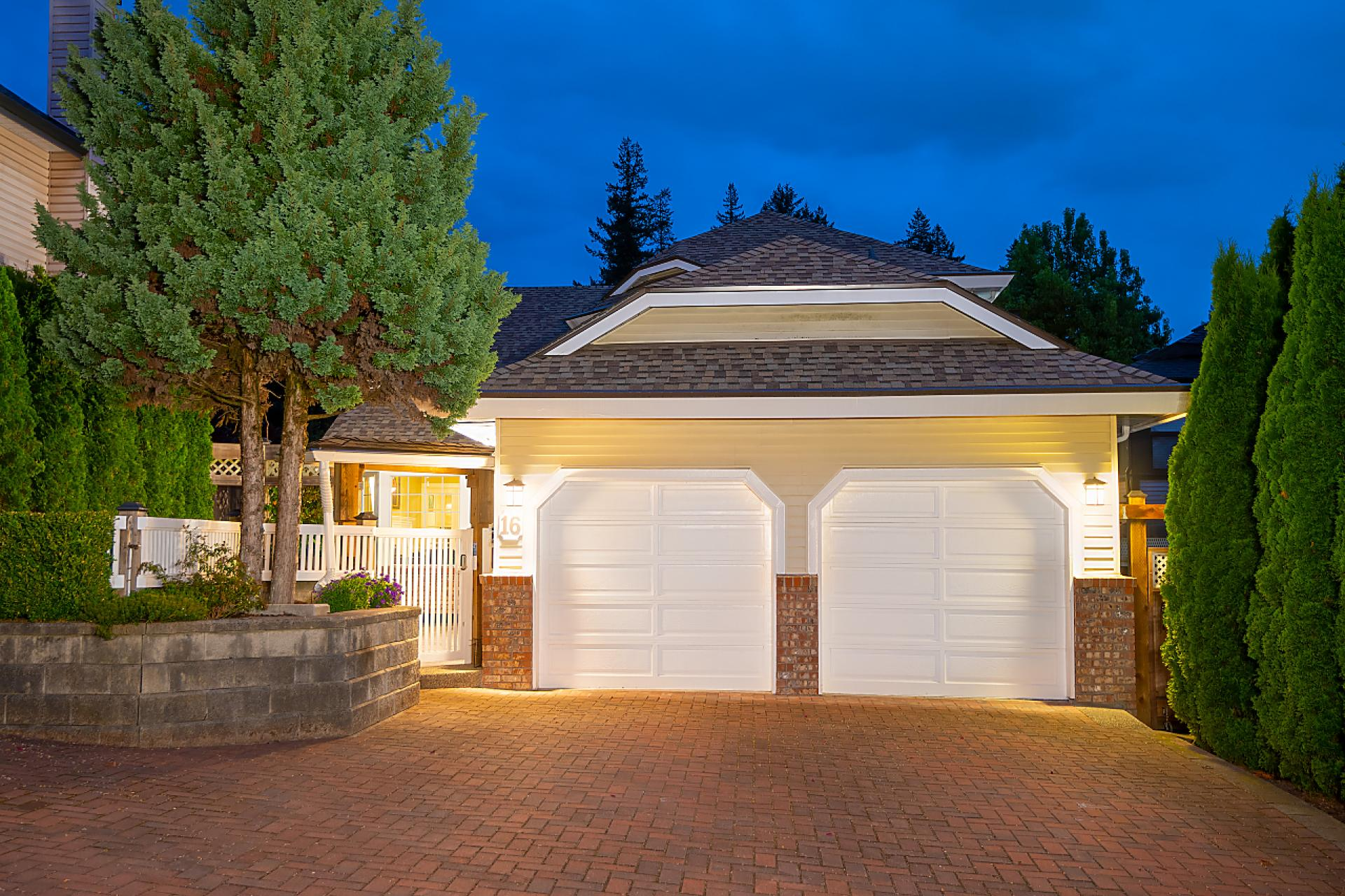 16 Parkdale Place, Heritage Mountain, Port Moody