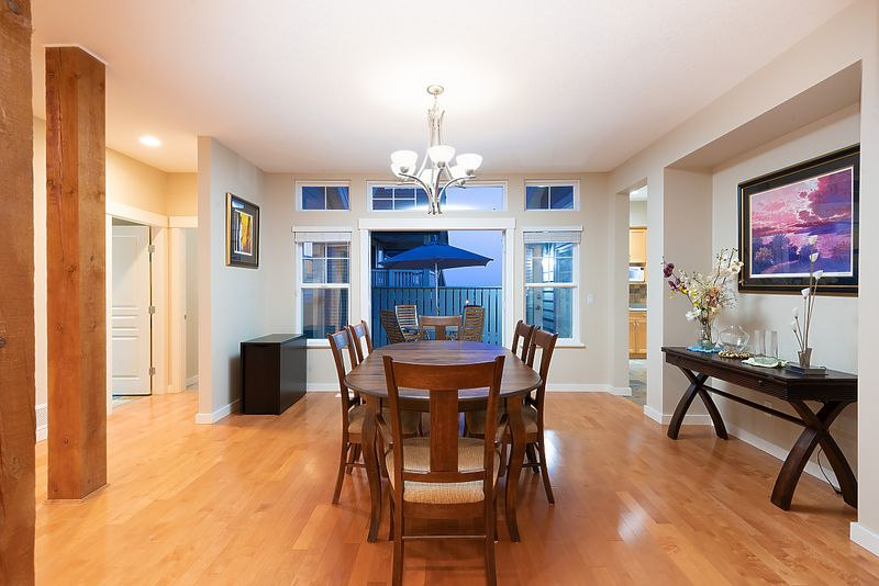 025 at 11 Cliffwood Drive, Heritage Woods PM, Port Moody