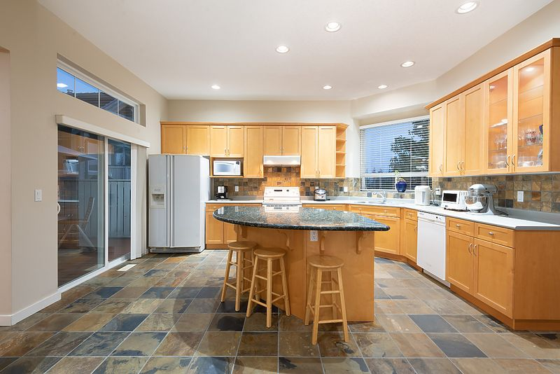 029 at 11 Cliffwood Drive, Heritage Woods PM, Port Moody
