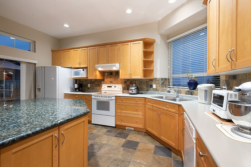 031 at 11 Cliffwood Drive, Heritage Woods PM, Port Moody
