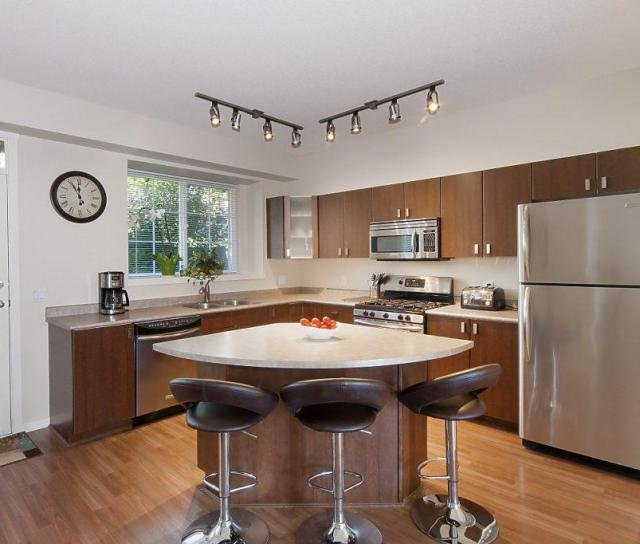 84 - 2200 Panorama, Port Moody 3