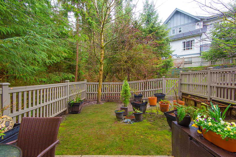 yard at 17 - 2200 Panorama Drive, Heritage Woods PM, Port Moody