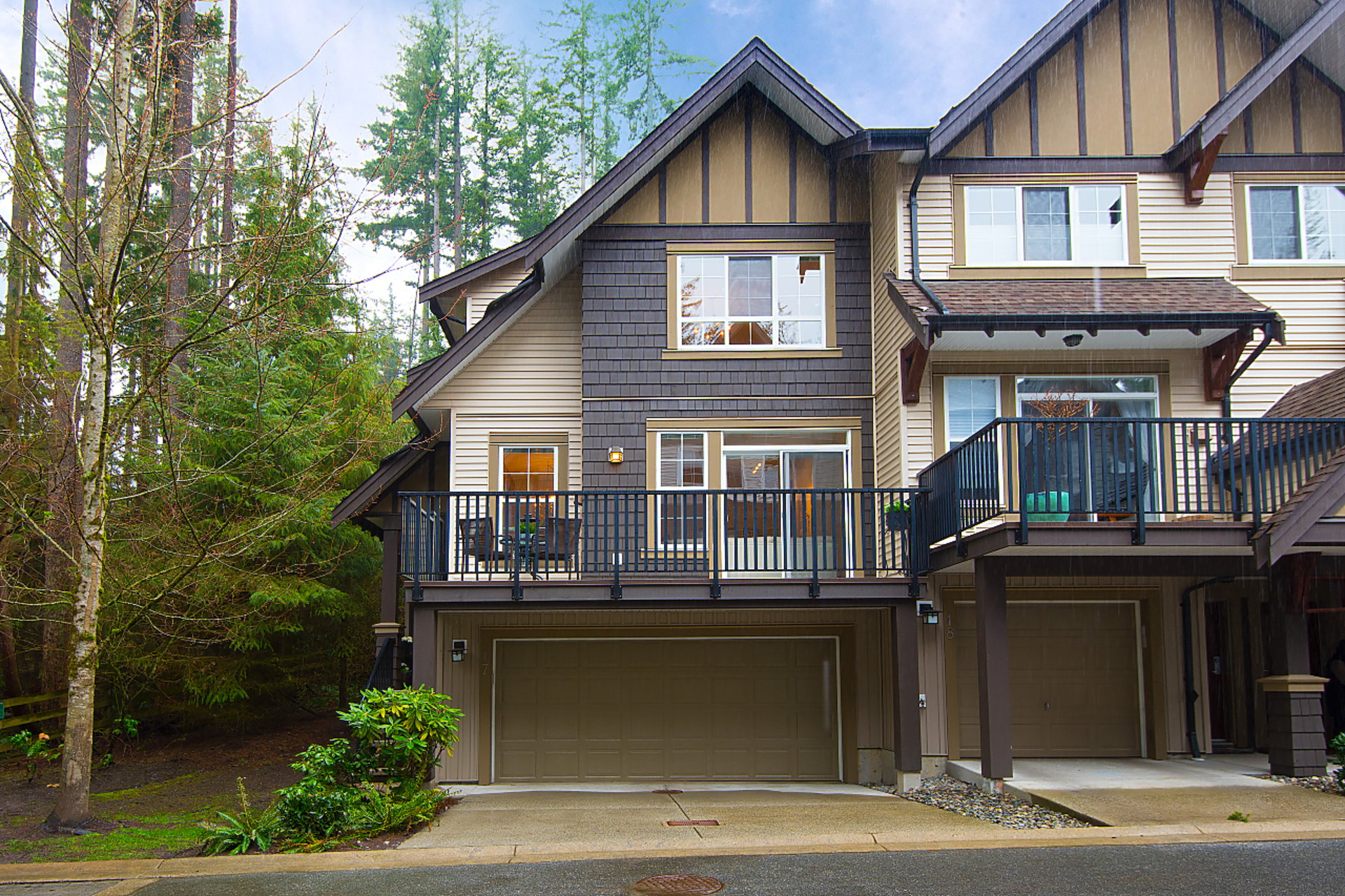 002 at 17 - 2200 Panorama Drive, Heritage Woods PM, Port Moody