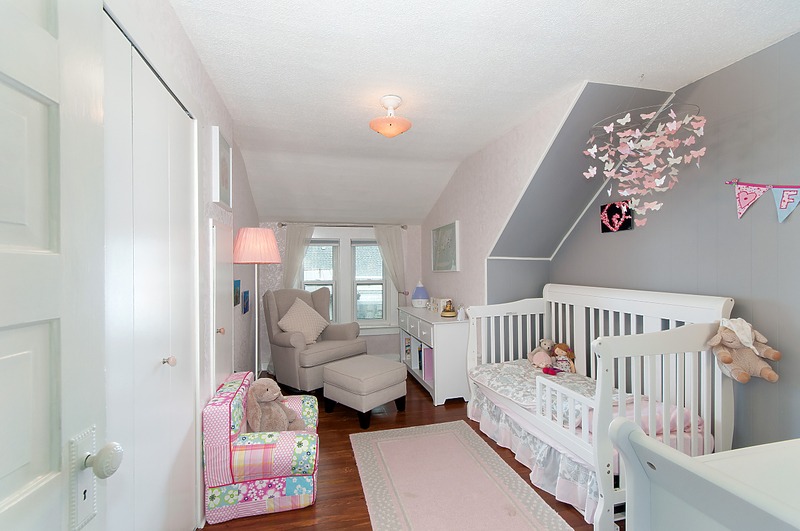 016 at 1870 E 33rd Avenue, Victoria VE, Vancouver East