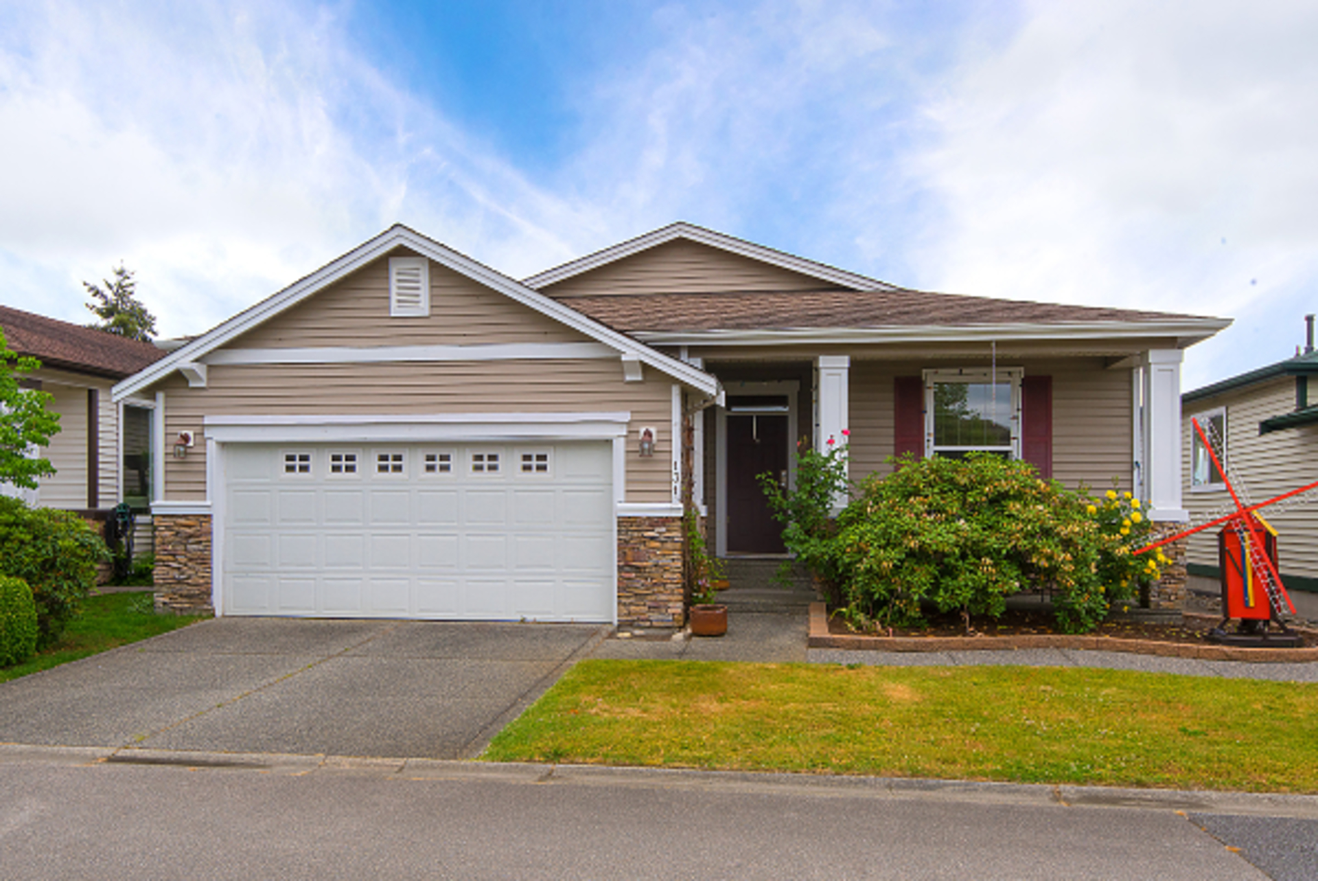 003 at 131 - 19639 Meadow Gardens Way, North Meadows PI, Pitt Meadows