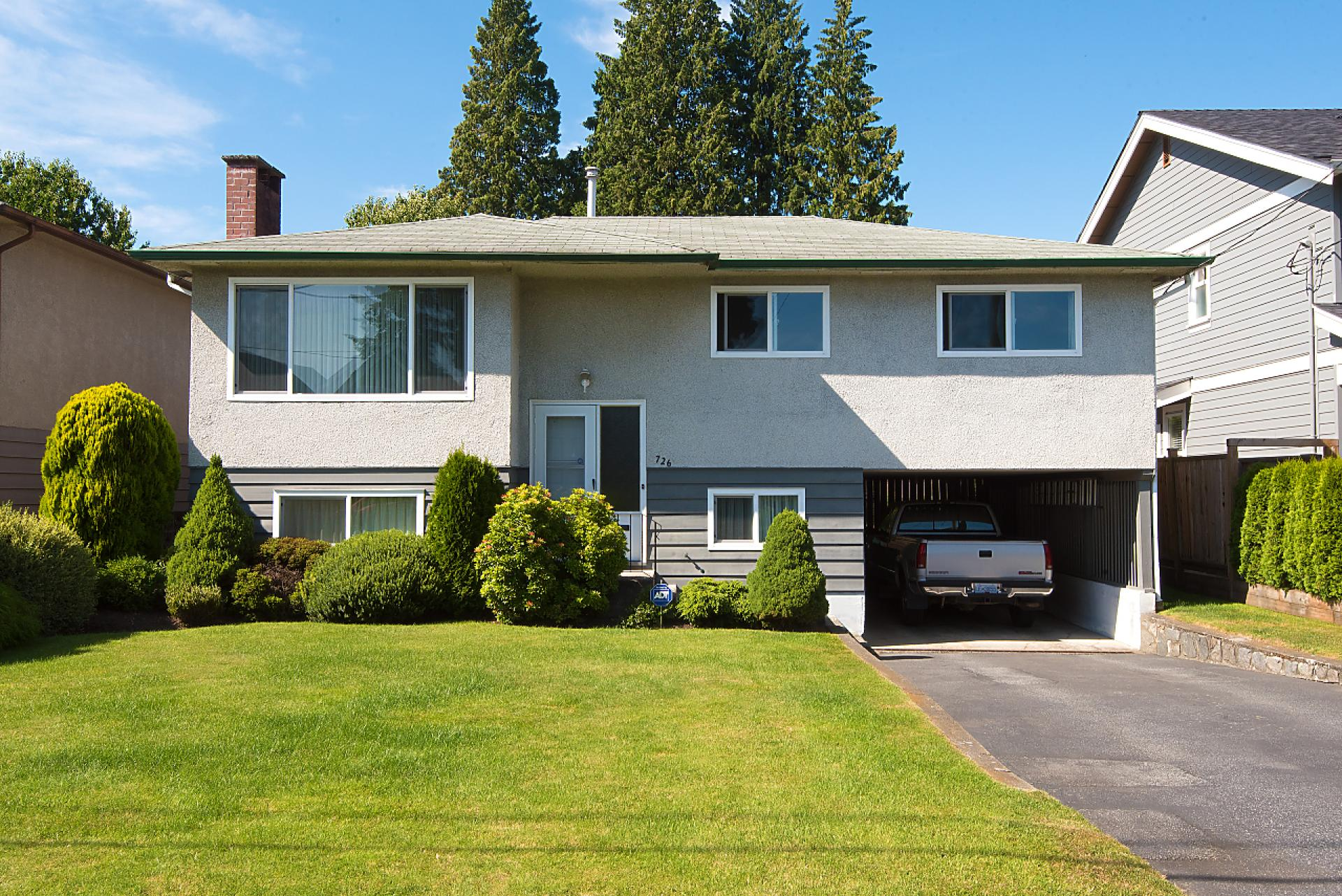 726 East 15th Street, Boulevard, North Vancouver