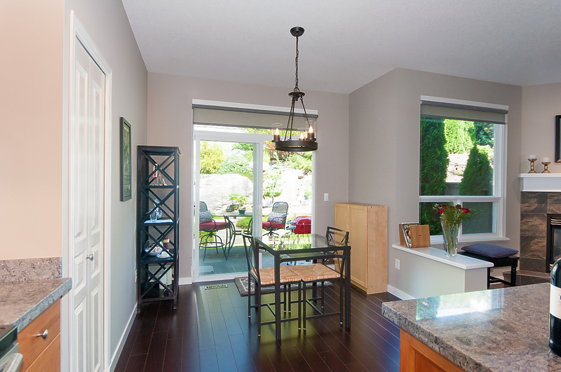 eating-area at 101 Forest Parkway, Heritage Woods PM, Port Moody