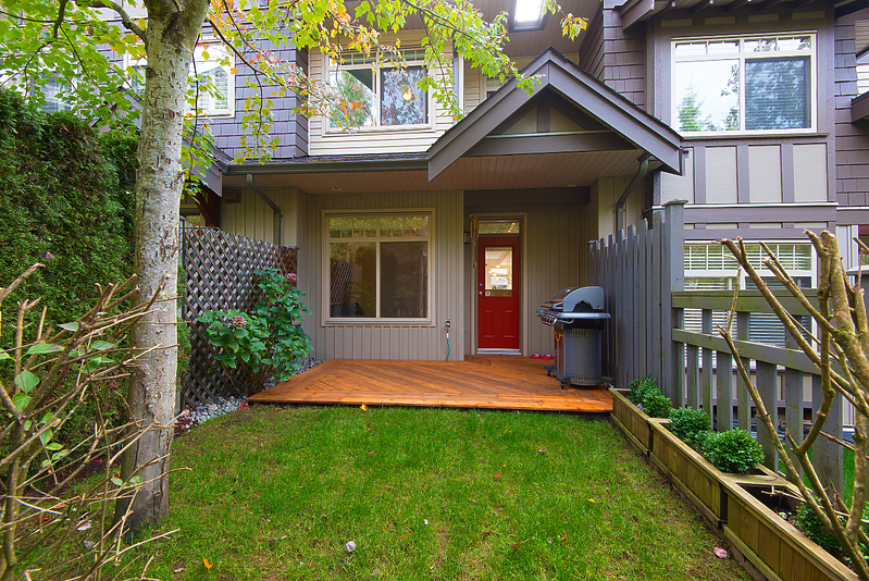 yard at 31 - 55 Hawthorn Drive, Heritage Woods PM, Port Moody